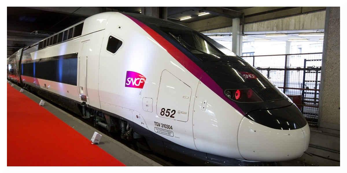 Lancement des LGV qui rapprochent Bordeaux et Rennes de Paris