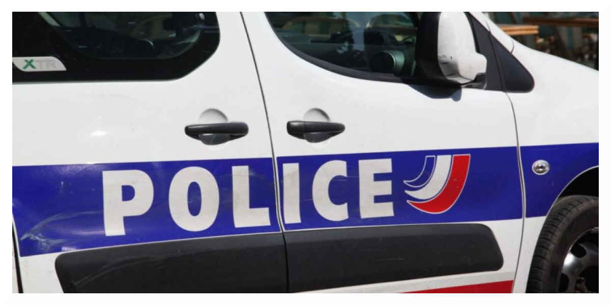 Un policier tue deux pompiers et retourne l'arme contre lui