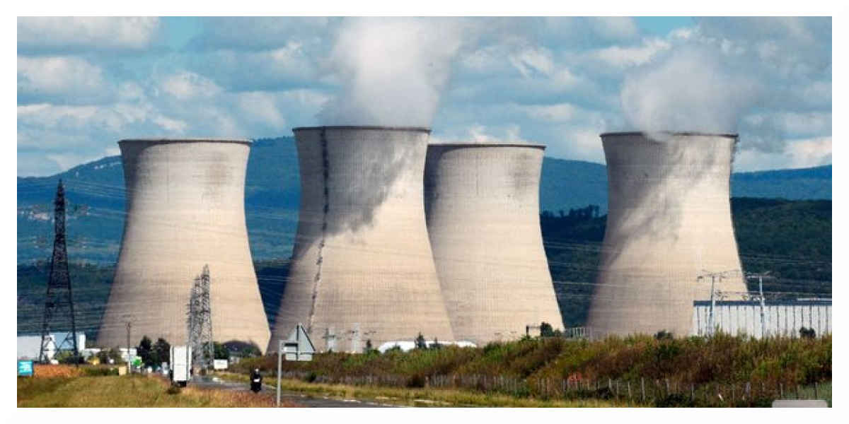 Des militants de Greenpeace s'introduisent dans une centrale nucléaire