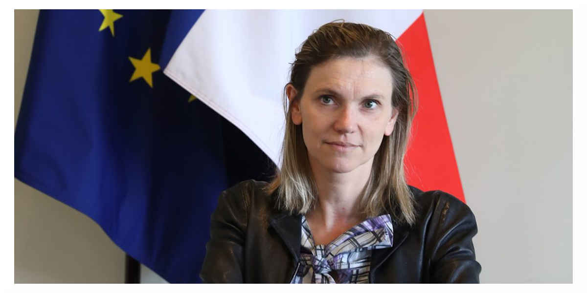 Vaccins anti-Covid : Agnès Pannier-Runacher promet