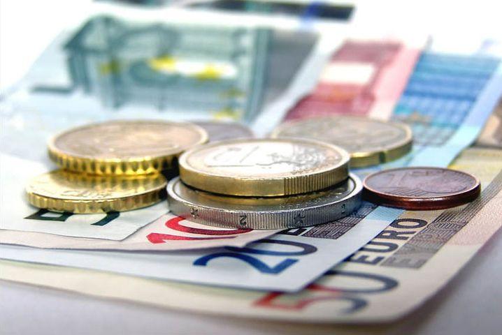 Les Français sont toujours attachés à l'argent liquide