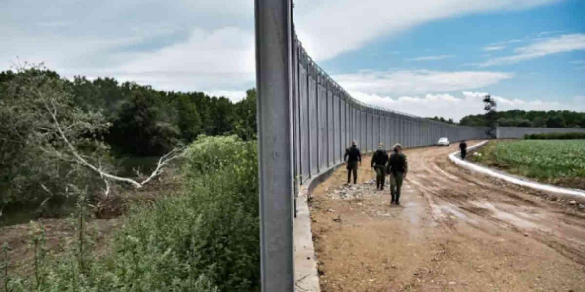 Un mur de 40 km construit par la Grèce pour freiner le flux de migrants