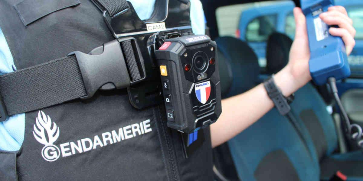 Les nouvelles caméras-piétons pour les policiers et gendarmes