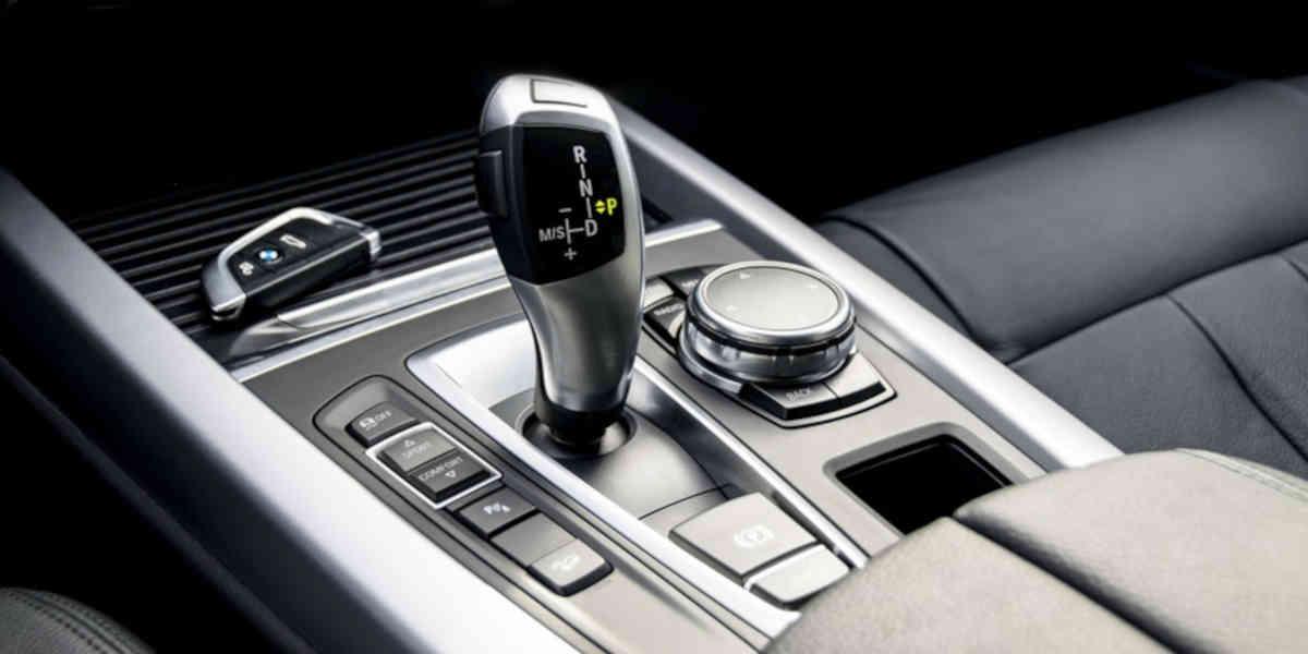 Voitures neuves : 54% des voitures achetées sont majoritairement des boites automatiques