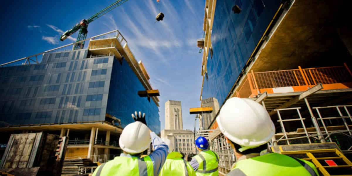 Face à la pénurie de main-d'œuvre, les employeurs « doivent proposer autre chose qu'un CDD au Smic »